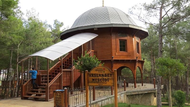 Arslanbey Parkı Mescidi