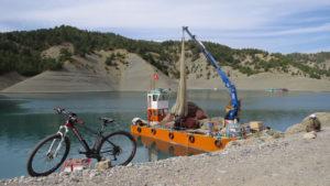 Avcıların değil alabalık çiftliklerinin teknesi