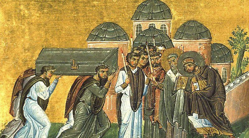 John Chrysostom'un bedeni İstanbul'a götürülürken