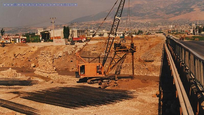 Akif Çaylıoğlu arşivinden Erkenez Köprüsü - 1998